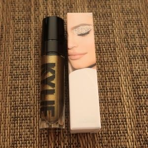 Kylie Cosmetics Liquid Eyeshadow